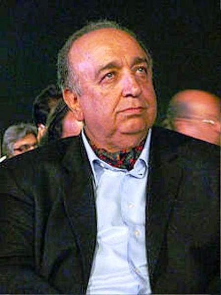 بهمن فرمانآرا کارگردان، فیلمنامه نویس و نویسنده ایرانی