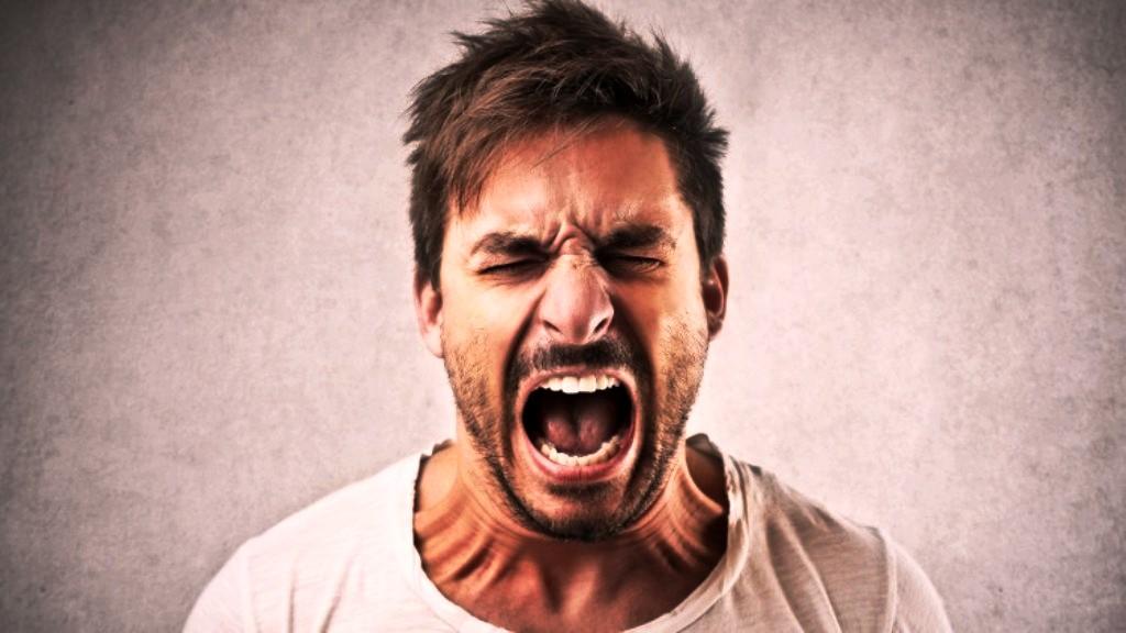 چگونه دربرابر افراد پررو , گستاخ و بی ادب مقاومت کنیم