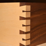 اتصال چوب گردو به چوب ممرز ، اتصال دمچلچله