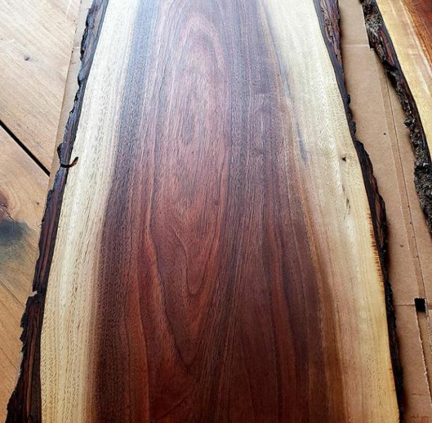 چوب گردو بسیار زیبا و خاص