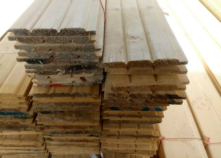 لمبه چوب کاج روسی , دیوارکوب لمبه چوبی