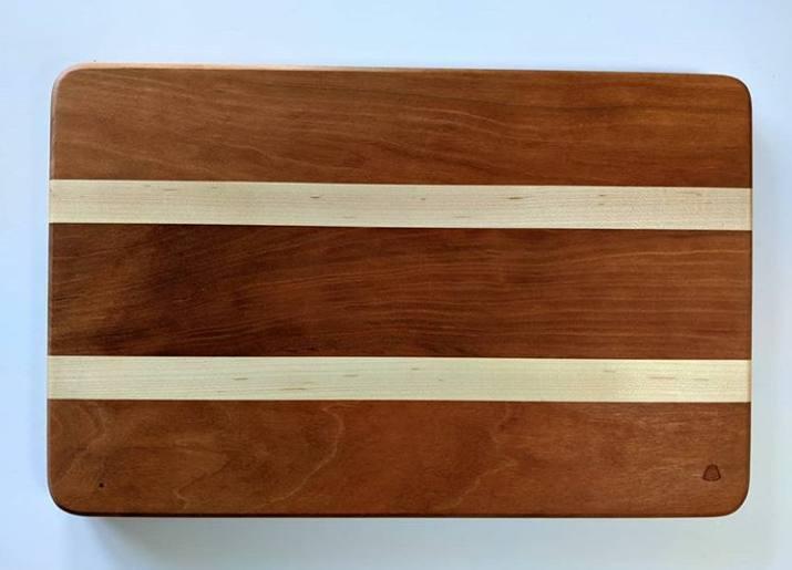 تخته کار آشپزخانه از چوب گیلاس، گردو، افرا
