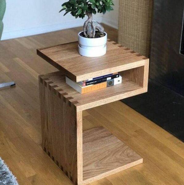 میز کنار مبلی چوب بلوط