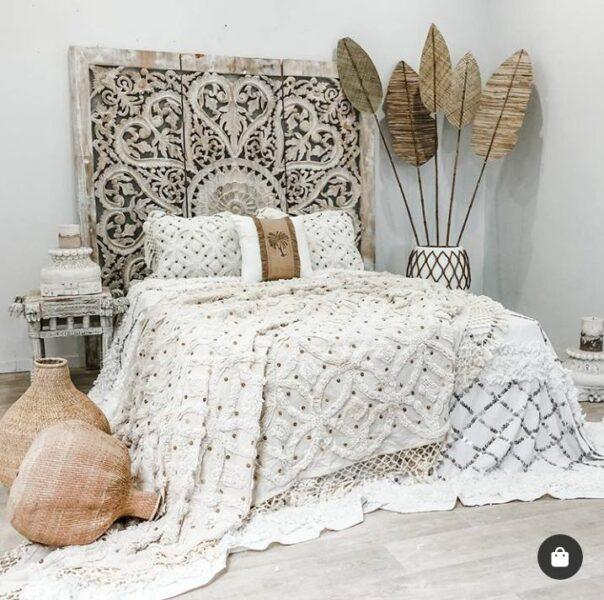 هدبرد بالای تخت خواب , منبت کاری چوب سبک قدیمی