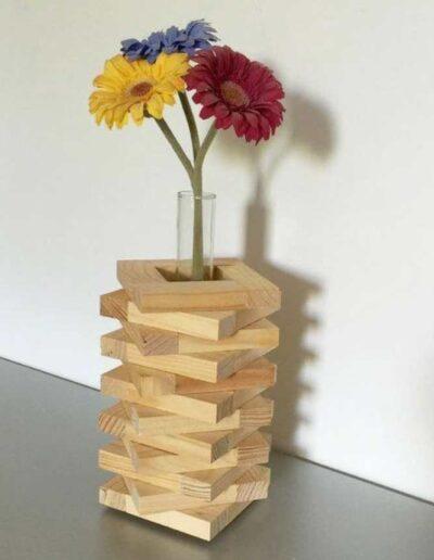 جای گلدان چوبی
