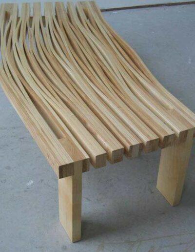 نیمکت چوب خمکاری شده