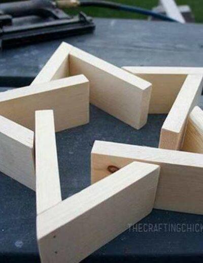 شکل هندسی ساخته شده از چوب