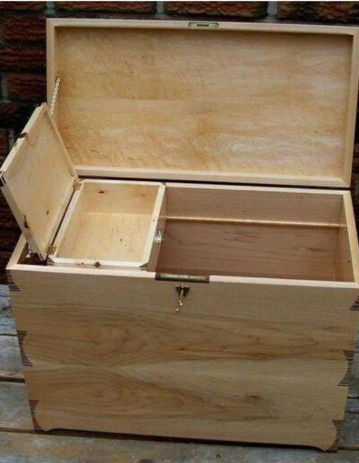 صندوقچه چوبی , جعبه ابزار و وسایل