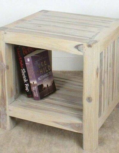 میز کنار مبل چوب کاج , ساخت دکوراسیون چوبی سفارشی