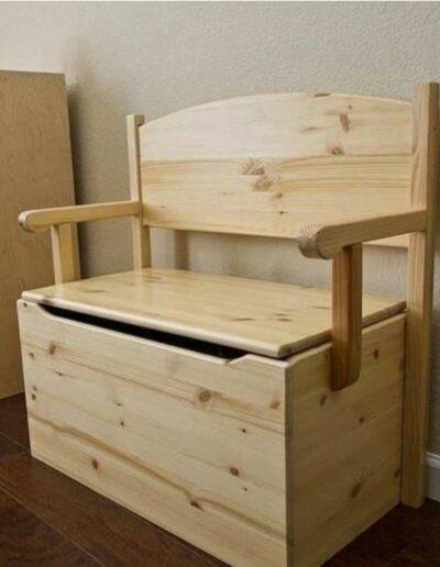 نیمکت , صندلی چوبی صندوقدار