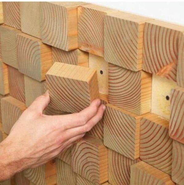 دیوارکوب جالب چوبی ساخته شده از قطعات چوب کاج روسی