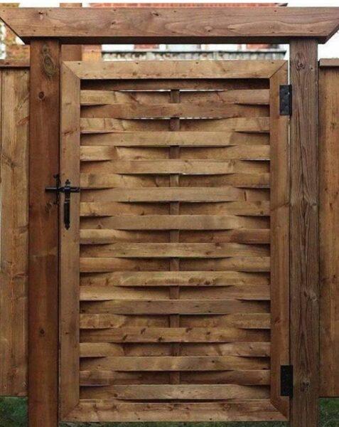 درب چوبی جالب