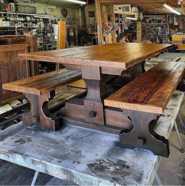 میز ناهارخوری و نیمکت چوبی
