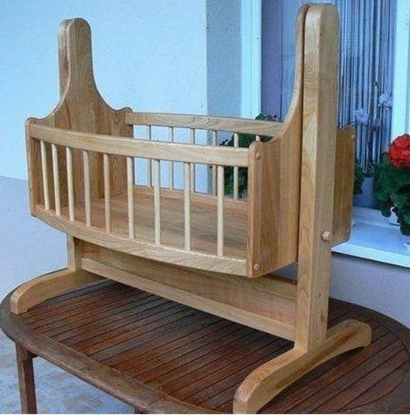 تخت و گهواره نوزاد