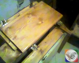 درب چوبی با لولا گازور