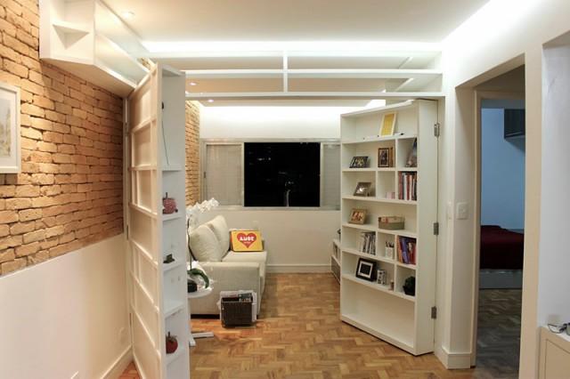 کتابخانه و پارتیشن چوبی