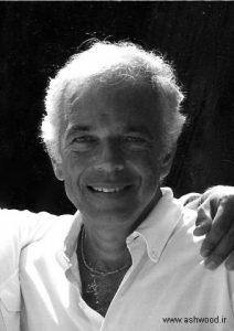 رالف لورن یک طراح مد و میلیاردر اهل ایالات متحده آمریکا
