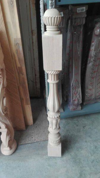 پایه و نرده چوبی ، نرده چوبی پله