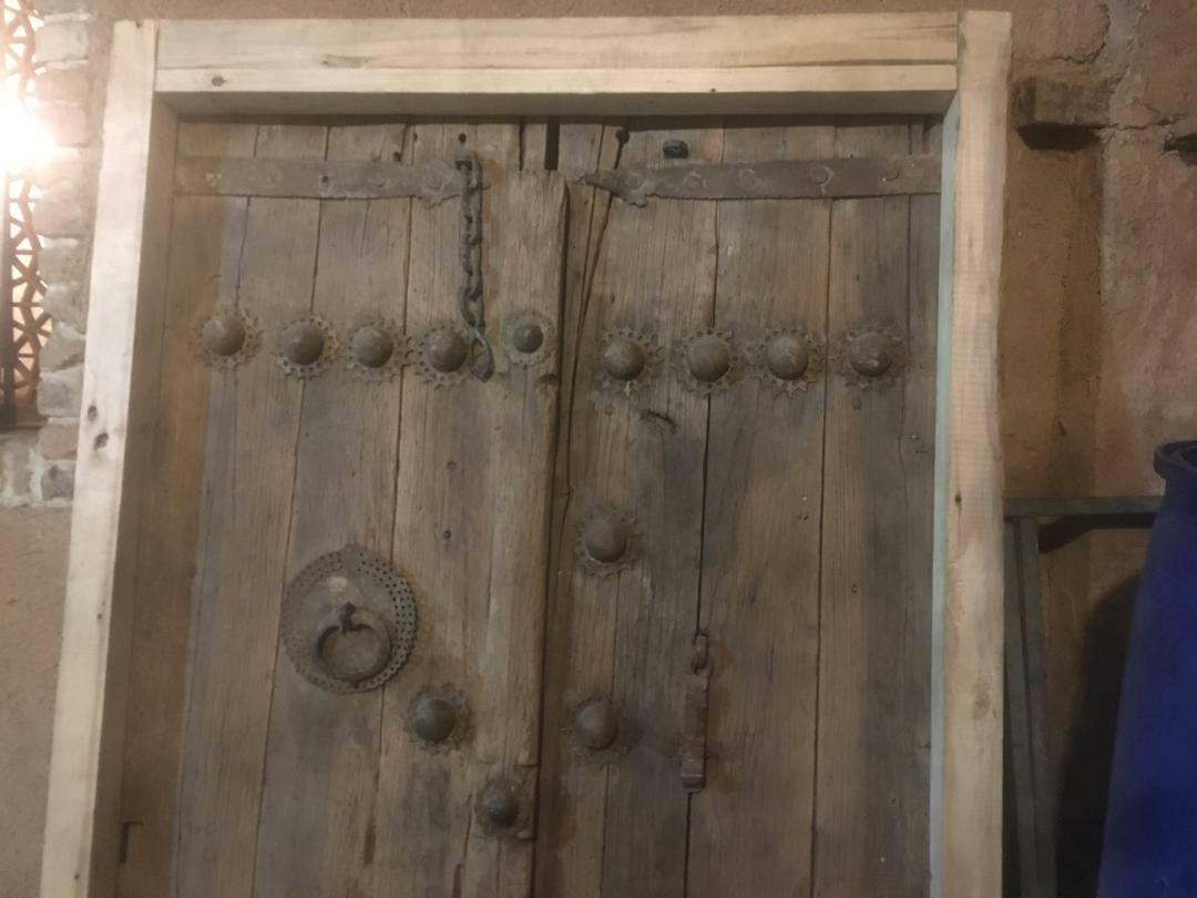 فروش درب قدیمی، یک اثر کامل از فرهنگ و هنر ایرانی