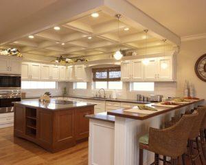 دکوراسیون آشپزخانه سقف ، کابینت ، نورپردازی ، جزیره و کف
