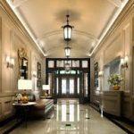 دکوراسیون لابی ساختمان سبک کلاسیک