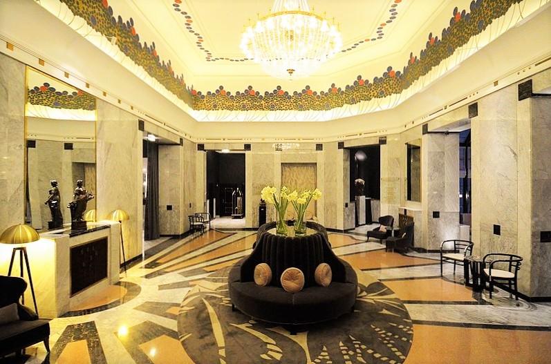 لابی هتل Bristol، ورشو