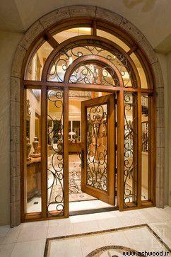 درب ورودی شیشه خور با امنیت بالا