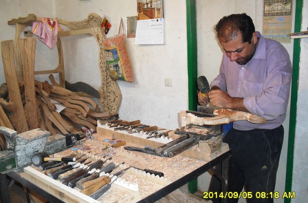 تعمیرات لوازم چوبی ، تعمیر درب و کشو چوبی