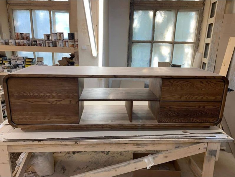 میز تلویزیون چوب بلوط , دکوراسیون چوبی لوکس , نجاری فن و هنر