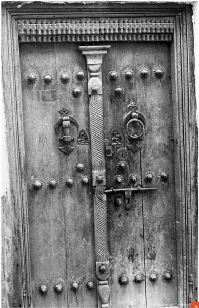 درب چوبی سبک قدیمی , درب سنتی چوبی