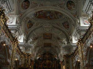 سقف کلیسای کاتولیک اشلیرباخ در اتریش، در سبک روکوکو.