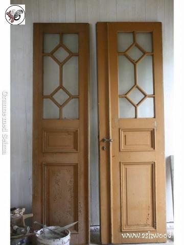 درب چوبی شیشه خور