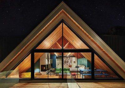 نما ، پلان ، ایده و زیرسازی و پی سازه های چوبی مثلثی شکل ، A شکل کلبه جنگلی و آلاچیق چوبی