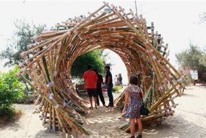 تونل بامبو ، دکوراسیون فضای باز ، پرگولا و آلاچیق