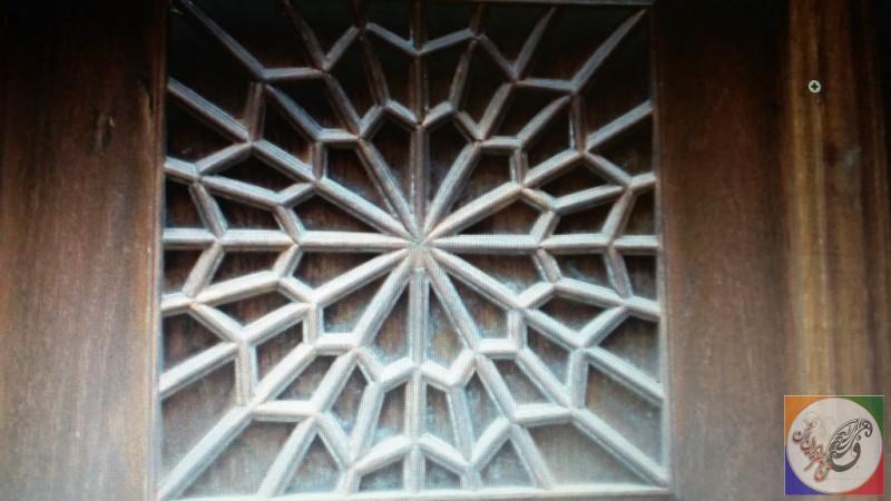 درب گره چینی نمونه کار دکوراسیون چوبی سنتی