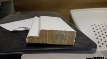 زهوار و قرنیز چوبی با رنگ سفید پلی استر پوست و پولیش