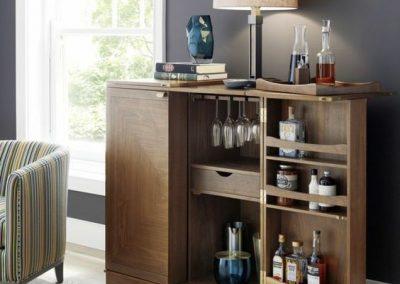 میز بار بخشی از دکوراسیون خانه , قیمت میز بار چوبی , ساخت میز بار سفارشی فروش میز بار و کانتر چوبی انواع مدل های مدرن و ساخت جدیدترین دکوراسیون چوب و فروش میز بار و کانتر چوبی