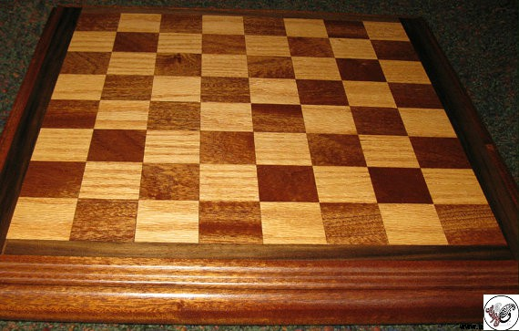 تخته نرد و میز شطرنج چوب گردو