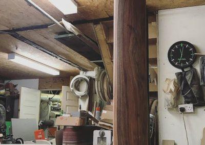 دکوراسیون لابی , میز لابی , تزئینات چوبی کلاسیک در ساخت دکوراسیون چوبی داخل منزل