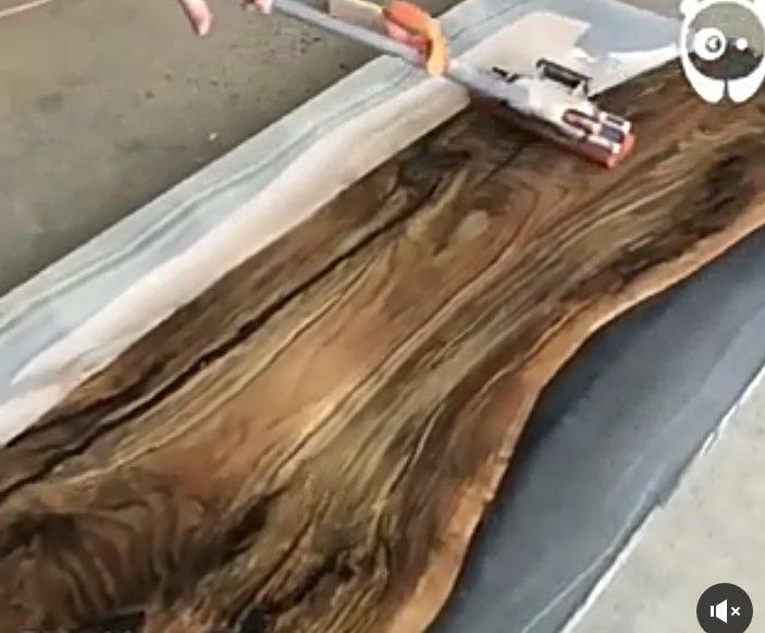 رزین شفاف، رزین پلی استر شفاف، رزین و رنگ چوب