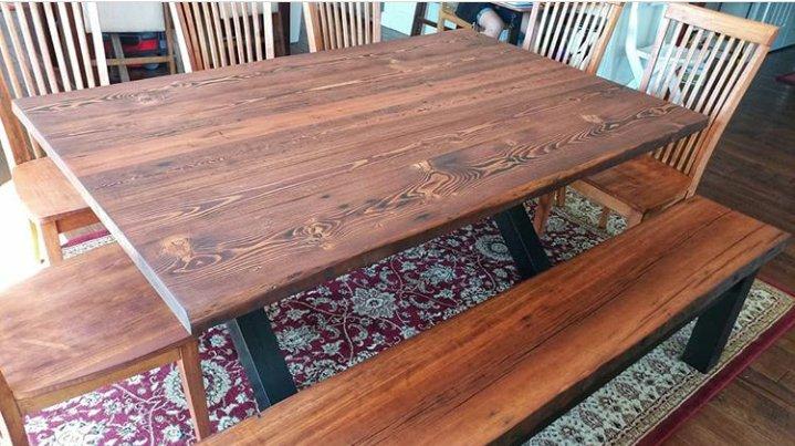 میز و نیمکت چوب کاج