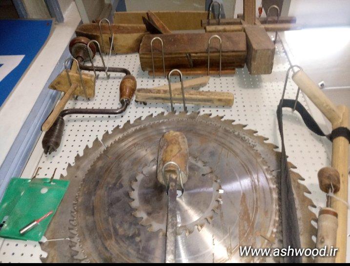 مجموعه ای از ابزار قدیمی و بسیار با ارزش نجاری