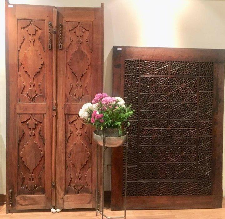 ساخت درب چوبی قدیمی چوب گردو
