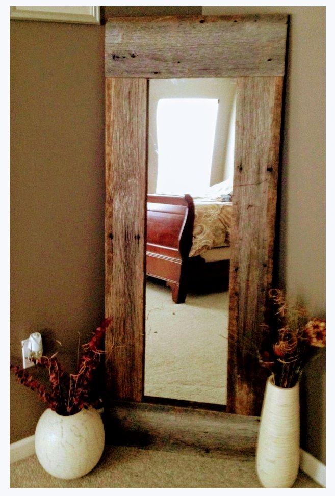 قاب آینه ساخته شده از اسلب چوب