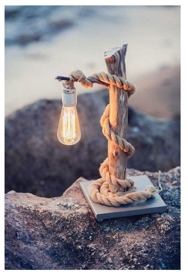 چراغ خواب ساده چوبی