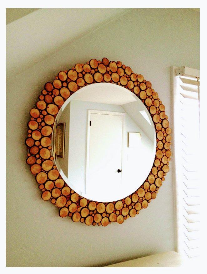 قاب آینه ساخته شده از چوب و شاخه درختان