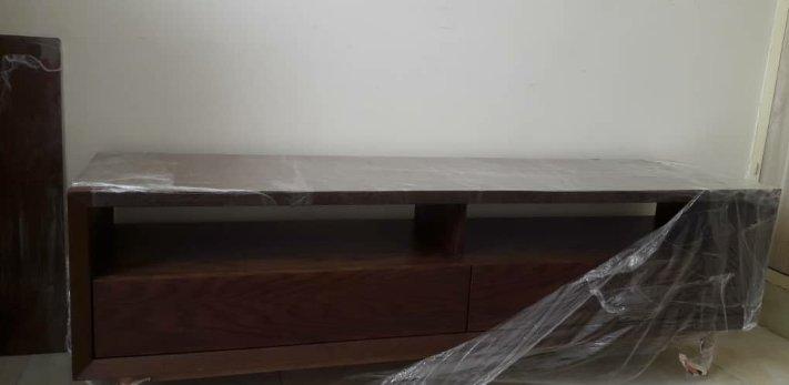 میز tv چوب کاج، فروش جدیدترین مدل میز تلویزیون دیواری، ال سی دی و ال ای دی