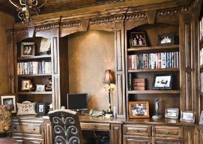میز تحریر و کتابخانه چوبی , انواع میز تحریر چوبی، میز تحریر چوب و MDF، میز مطالعه با جنس ام دی اف و انواع کتابخانه ی خانگی