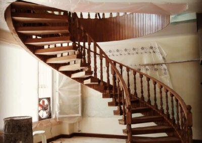 ساخت پله گرد چوبی دماوند
