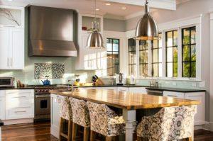 آشپزخانه هنرمند